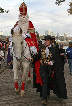 Het paard van Sinterklaas huren Schimmel